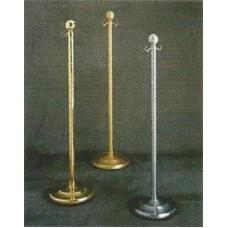 Floor lamp holder in brass bead
